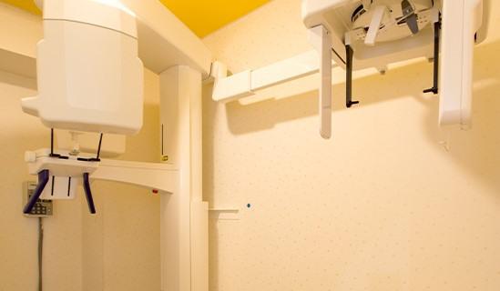 歯科用CT導入により、さらに安心・安全な矯正治療をご提供致します